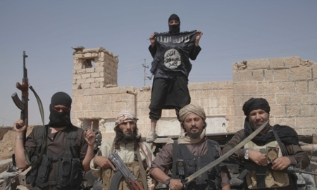 Islamic State fighters at Syria Iraq border 11Jun2015 Guardian
